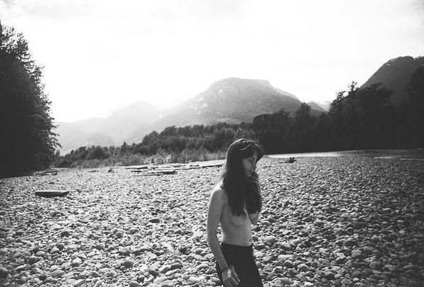jonathan_moyal_x_sunday_mornings_at_the_river_02_grande